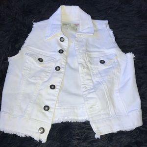 White Jean Jacket ✨